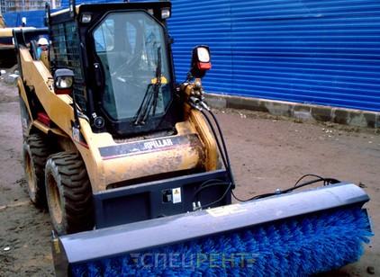 Аренда и услуги спецтехники — Угловая щетка CAT