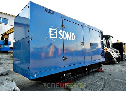 Аренда и услуги спецтехники — SDMO J165