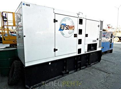 Аренда и услуги спецтехники — SDMO R165